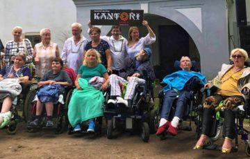 Koncert kapely Kantoři v Babiččině údolí